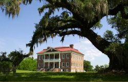 Drayton Hall - Southern plantation in Charleston, S.C.