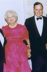 eorge_et_Barbara_Bush_-_1992